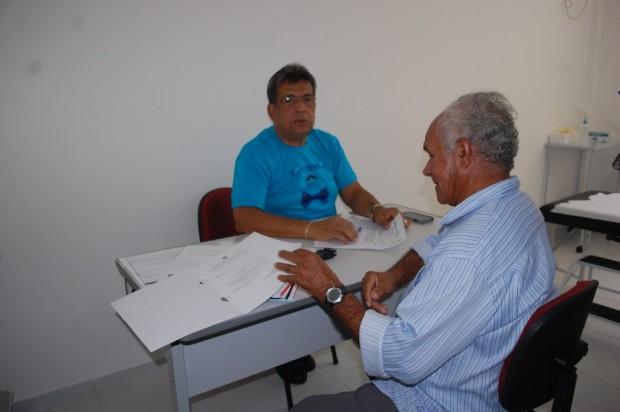 O urologista, Reinaldo César, realizou os atendimentos preventivos na Policlínica