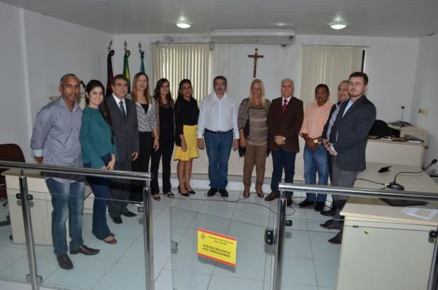 Pres_Marcos_visita_Pref_Conde_Tatiana_25_06_15_-95