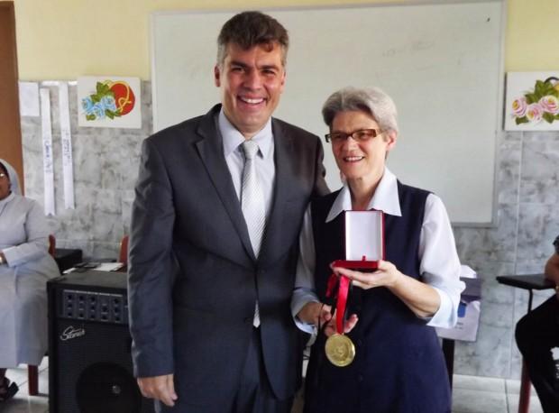 Medalha_Creusa-Pires_Irma_Terezinha (56)