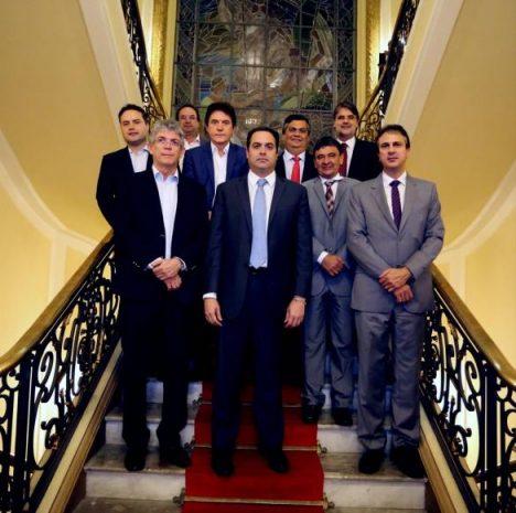 1480192769625-governadores-nordeste
