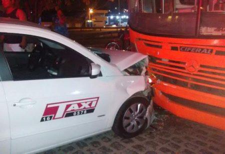 1485089571015-taxi-x-onibus