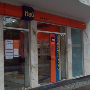 Banco recruta universit rios para est gio em ag ncias na for Banco exterior agencias