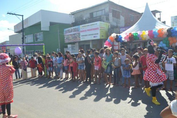 Conselho Tutelar de Alhandra com apoio da secretaria do Bem Estar reúne centenas de crianças no I Alegrart