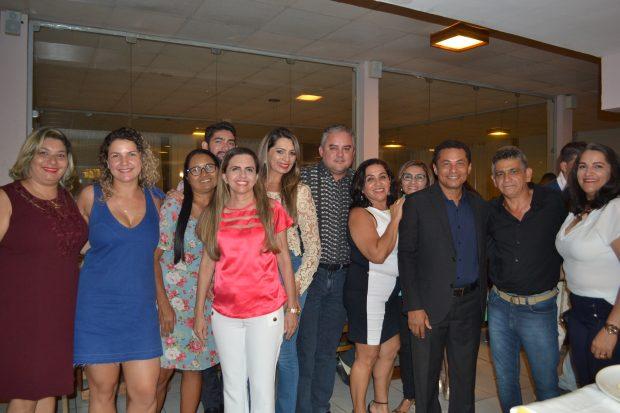 Prefeito de Alhandra anuncia novidades para a Educação na Festa em comemoração ao Dia do Professor
