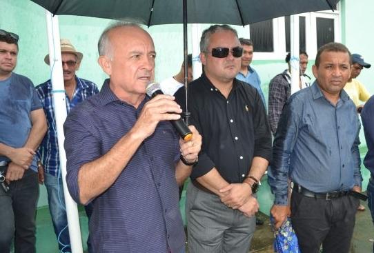 cats 1 - Branco Mendes afirma que não interfere na gestão do prefeito de Alhandra, mas nega rompimento
