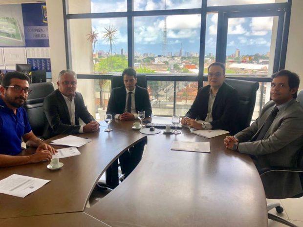 Prefeito de Alhandra é mais um a assinar acordo para acabar com os lixões do Litoral da Paraíba