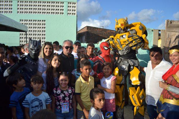 Evento 'Alegrart' reúne multidão em comemoração ao mês das crianças, em Alhandra