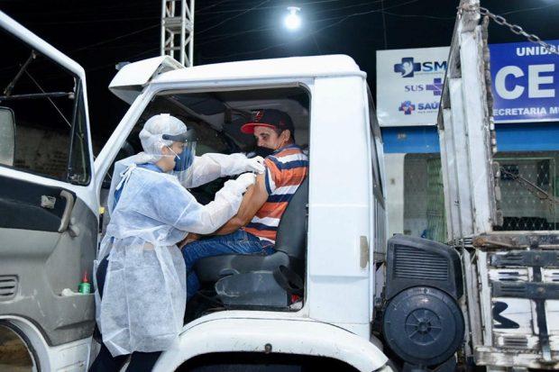 Prefeitura de Alhandra promove Drive Thru de vacinação para motoristas e caminhoneiros